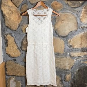 Banana Republic Lace Dress. Great Condition. 2 pet